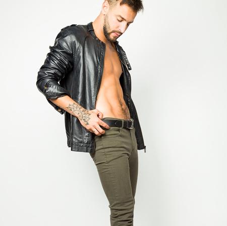 Modelo Buffalo Jeans Campera de Cuero Studio